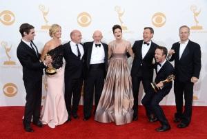 Le castng de la série Breaking Bad, ayant gané l'Emmy de la meilleure série dramatique.
